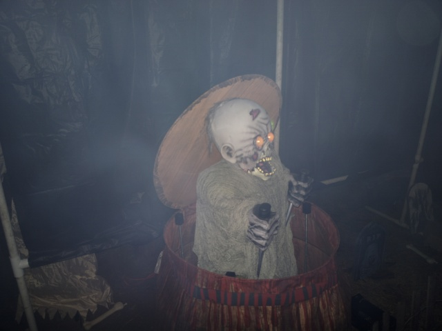 2013 Graveyard - Zombie Barrel Up