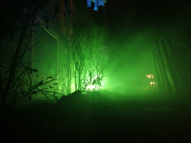2013 Graveyard - Green Glow